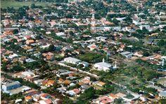 Terra Roxa, Paraná, Brasil - pop 17.461 (2014)