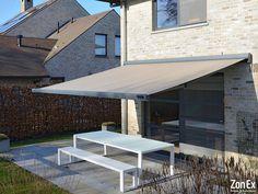 Zonnescherm ZonEx B24 taupe knikarm #tuin #garden #zonnescherm #terrasscherm Ramen, Improve Yourself, Doors, Outdoor Decor, Queens, Inspiration, Home Decor, Shades, Patio