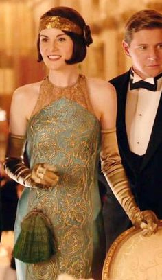 Michelle Dockery as Lady Mary in Downton Abbey Season Costume Designer: Anna Mary Scott Robbins Lady Mary Crawley, Downton Abbey Costumes, Downton Abbey Fashion, Downton Abbey Mary, Downton Abbey Season 6, Dame Mary, Style Année 20, 1920s Style, Simple Style
