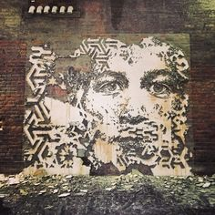 Small wall In Detroit #vhils #detroit #librarystreetcollective #2014 Vhils