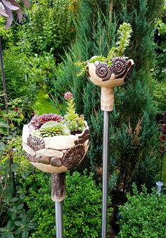 Most up-to-date Photos clay pottery planters Suggestions Töpferei Töpferei Pflanzer / Succulent Terrarium, Succulents Garden, Garden Pots, Garden Fire Pit, How To Make Terrariums, Pot Jardin, Decoration Originale, Flower Planters, Ceramic Planters