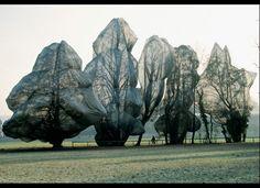 Fluid Sculpture: Christo & Jeanne claude: Wrapped up Land Art, Christo Y Jeanne Claude, Christo Artist, Fabrice Hyber, Art Environnemental, Instalation Art, Arte Popular, Environmental Art, Claude Monet