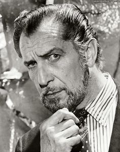 Vincent Price by Harry Goodwin; 3/8