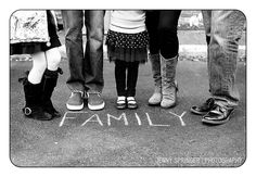 cute idea for shot via Jenny Springer Photography-----write merry christmas instead Blended Family Photos, Large Family Photos, Family Pictures, Family Photo Sessions, Family Posing, Family Portraits, Picture Poses, Photo Poses, Family Photographer