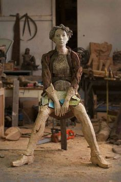 Wood sculpture by Egon Tania