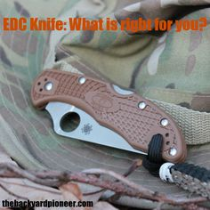 An EDC knife isn't a big old honking survival knife that Rambo would be hauling around. An EDC knife is a reliable pocket tool, that will handle reasonable knife chores on a daily basis. With these parameters in mind, lets look at what makes up a good EDC knife. // via: www.thebackyardpioneer.com //