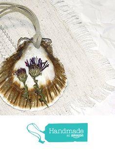 Seashell necklace Sea shell jewelry Seashell pendant Mermaid necklace Beach Ocean necklace hawaiian seashells Sunrise jewelry Dried flower pendant resin necklace nautical necklace Botanical jewelry from KatrinHandmadeGifts