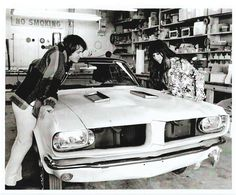Clasp Garage: Rockstars' Garage: Sonny and Cher Mustangs