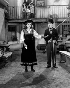 Paulette Goddard and Charlie Chaplin - The Great Dictator