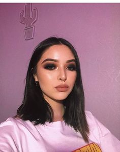 pinterest @ mnnxcxx Cute Makeup, Glam Makeup, Pretty Makeup, Skin Makeup, Makeup Art, Beauty Makeup, Hair Beauty, Eyeshadow Looks, Eyeshadow Makeup