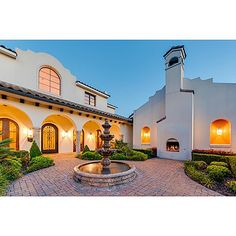 Chastin J. Miles Dallas Luxury Real Estate Agent — This is an absolutely beautiful front courtyard!...
