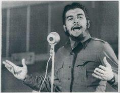 """Comandante Che Guevara na Conferência da """"Aliança para o Progresso"""" em Punta del Este, Uruguai 1961."""