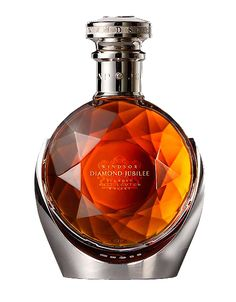 Perfume Packaging, Bottle Packaging, Cigars And Whiskey, Scotch Whiskey, Liquor Bottles, Perfume Bottles, Diesel Perfume, Expensive Vodka, Bourbon