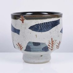 Maak is a specialist art consultancy dedicated to contemporary ceramics with regular auctions featuring works by the leading names in studio pottery Pottery Pots, Ceramic Pottery, Thrown Pottery, Slab Pottery, Ceramic Painting, Ceramic Art, Ceramic Bowls, Stoneware, Keramik Design