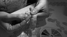 Consciente de la complexité du sujet et de ses limites, Florence Beauloye vous propose des bijoux et écrins alliant au maximum l'éthique à l'esthétique - Plus sur http://florence-beauloye.com/pages-de-texte/a-propos/#1443667110482-aeb255cd-0c77