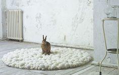 floor-carpets-wool-pompons (6)