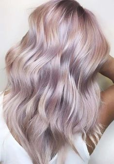 55 Gorgeous Dusty Rose Hair Color Shades to Try in 2018 Looking for best hair color shades? See here, we have made a collection of dusty rose hair colors and hairstyles for every woman to show off in year All those gorgeous ladies who are recently s Dusty Rose Hair Color, Hair Color Pink, Cool Hair Color, Pastel Lilac Hair, Pastel Hair Colors, Short Pastel Hair, Metallic Hair Color, Dusty Pink Hair, Colourful Hair