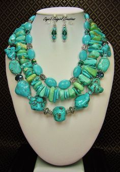 Cowgirl Western Chunky Necklace Set / Triple Strand Necklace / Howlite Turquoise Necklace / Statement Necklace / Chunky Gemstone - KaTHLeeN