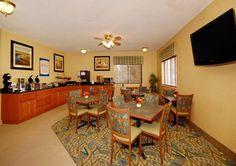 Comfort Inn Breakfast Area / Waterloo, Iowa