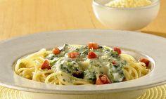 Espaguete com creme de espinafre