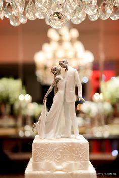 Adorável topo de bolo Lladró.  Foto: Rejane Wolff