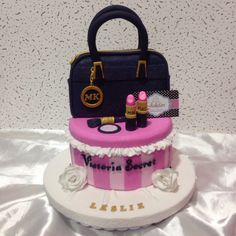 Torta para mujer chic, modelados en azucar, tortas Jedafari,
