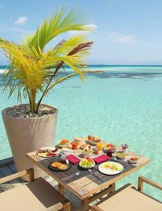 Spectacular Week in Paradise: Laax South Ari Atoll, Maldives Hotel Breakfast, Sunday Breakfast, Visit Maldives, Maldives Travel, Beach Trip, Asia Travel, Luxury Travel, Dream Vacations, Places To Travel