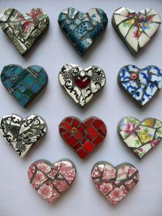 corazones de mosaico imanes