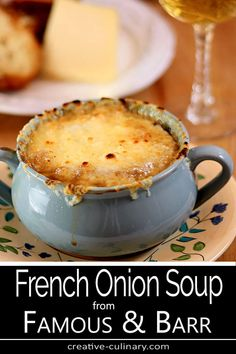 This French Onion Soup from Famous & Barr in St. Louis, MO is my all time favorite. The restaurant maybe be long gone but I'm so grateful this recipe was saved! Soup Appetizers Soup Appetizers dinners carb Soup Appetizers Appetizers with french onion Best French Onion Soup, Famous Barr French Onion Soup Recipe, Comida Fusion, Gourmet Recipes, Cooking Recipes, Easy Recipes, Healthy Recipes, Onion Soup Recipes, Best Onion Soup Recipe