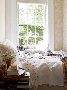 Wallpaper, linens, and bedside table #bedroom #NashvilleRealEstate #NealClaytonRealtors #decorating #design #interior www.nealclayton.com