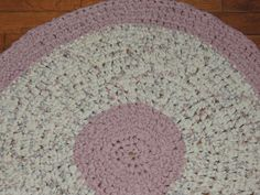 "Hand Made Crochet Rag Rug ~NEW 31"" PINK & CREAM ~SHABBY COUNTRY CHIC VICTORIAN  #ragrugpinksoftchic"