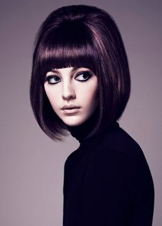 Pictures : Best Short Haircuts for Round Faces - High Bobbed Hair