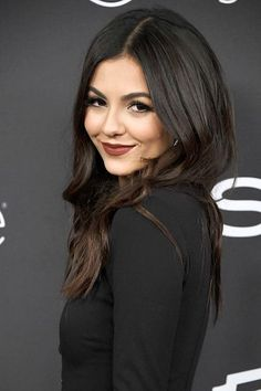 """( ☞ 2017 ★ CELEBRITY WOMAN ★ VICTORIA JUSTICE """" Pop ♫ """" ) ★ ♪♫♪♪ Victoria Dawn Justice - Friday, February 19, 1993 - 5' 5½"""" 117 lbs (+ -) 34-23-32 - Hollywood, Florida, USA."""