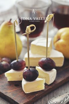 Fresh fruit like grapes or pears and brie cheese are a perfect snack for your guests. Sip with our Edna Valley Pinot Noir. Fresh fruit like grapes or pears and brie cheese are a perfect snack for your guests. Sip with our Edna Valley Pinot Noir. Snacks Für Party, Appetizers For Party, Appetizer Recipes, Fruit Appetizers, Fruit Snacks, Brie Appetizer, Fruit Kabobs, Brie Cheese Recipes, Party Canapes