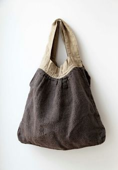 Linen bag x w x strap Fabric Handbags, Fabric Bags, My Bags, Purses And Bags, Japan Bag, Crochet Shoulder Bags, Sacs Design, Ethno Style, Boho Bags