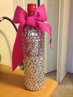 Are you currently looking for birthday gift ideas for women? Girls of this age really expect a special gift especially on their big day. 21st Birthday Gifts, Birthday Presents, 21 Birthday, Birthday Cake, Party Gifts, Diy Gifts, 21st Bday Ideas, Birthday Ideas, Birthday Crafts
