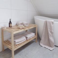 Anne Berit (@thorsbu) op Instagram: 'Ny benk på badet'