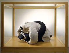 Louise Bourgeois - Couple, 1966  Fabric  43.2 x 88.9 x 101.6 cm / 17 x 35 x 40 in  Vitrine: 152 x 112 x 97 cm / 17 x 35 x 40 in