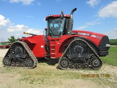 Rightside of $349,000 CaseiH Steiger 500 rowtrac.THis is the biggest red rowtrac that is made in Fargo Engin, Case Ih, International Harvester, Drag Racing, Farming, Red, Tractors