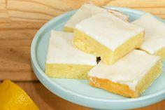 Szénhidrátszegény diétán vagy? Ezt a pogácsát te is megeheted - Receptek   SóBors Feta, Cheesecake, Dairy, Health, How To Make, Recipes, Bridge Pattern, Cheesecake Cake, Salud