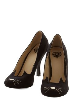 You and Meow Forever Heel. Fetching, fierce, and forever adorable - thats how you describe these cute cat pumps! #black #modcloth