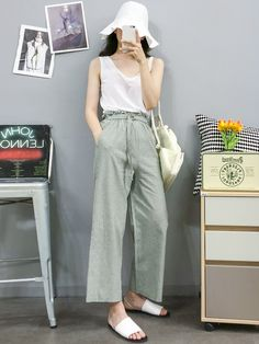 Casual Asian Fashion, Korean Fashion Minimal, Korean Girl Fashion, Ulzzang Fashion, Korea Fashion, Korean Summer Outfits, Basic Outfits, Kpop Outfits, Classy Outfits