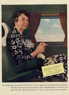 Eleanor Roosevelt knitting - one of my heroes - advocate for women's rights - adult literacy - civil rights.And she was a knitter! 32 President, Knit Art, Eleanor Roosevelt, Vintage Knitting, Knitting Projects, Role Models, Famous People, Knit Crochet, Persona