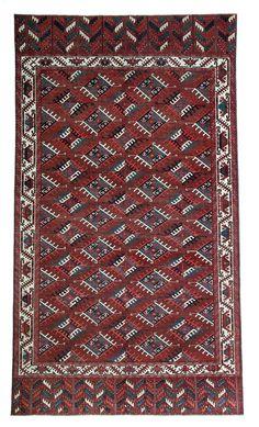 Yomud Dyrnak gol main carpet 10ft. 7in. x 6ft. Turkmenistan first half 19th century
