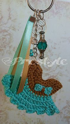 Check out this item in my Etsy shop https://www.etsy.com/listing/460905700/keychain-keyholder-pendent-minicrochet
