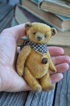Bear Vilson by Olga Andryushenko | Tedsby