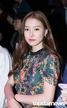Kim So Eun, Park Min Young, Boys Over Flowers, Korean Actresses, Awards, Popular, Celebrities, Women, Fashion