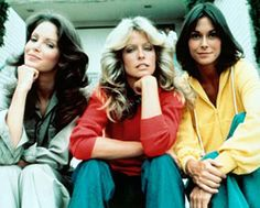 The original Charlie's Angels - Jaclyn Smith, Farrah Fawcett, Kate Jackson. Top Ten Tv Shows, 70s Tv Shows, Old Shows, Movies And Tv Shows, Kate Jackson, Top Des Series, New Tv Series, Arnold Et Willy, Charlies Angels