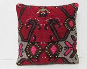 living room decor 18x18 indie throw pillow kilim pillow pink decorative pillow maroon throw pillow vintage decor boho tapestry pillow 29014