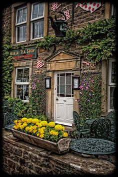 Muker Tea Shop ~ A traditional teashop serving Homemade Cakes, Cream Teas and Light Lunches. Muker Village, Richmond, North Yorkshire, UK